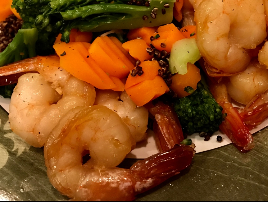Honey Garlic Shrimp with Red Quinoa & Vegetables