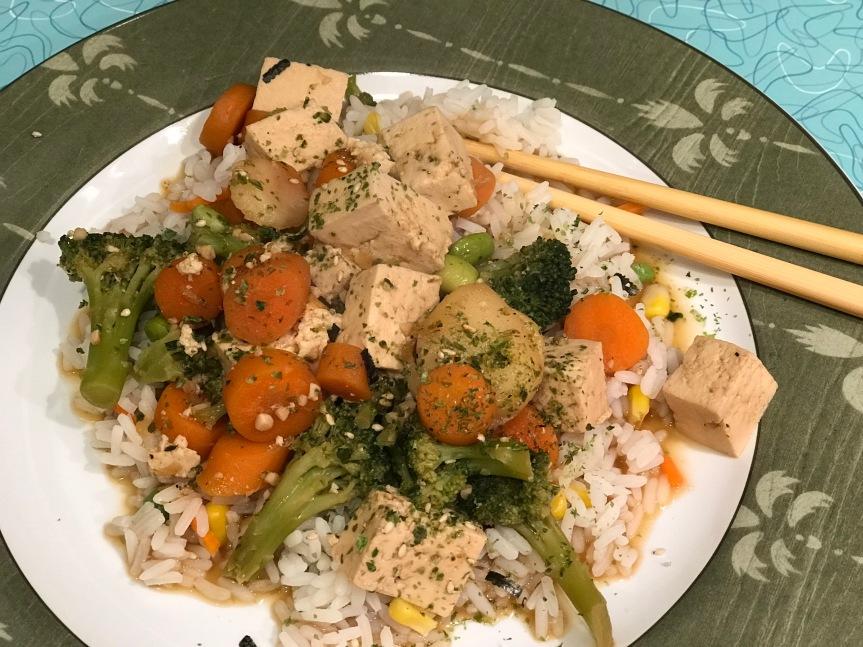 Easy Garlic Tofu & VeggieStir-Fry